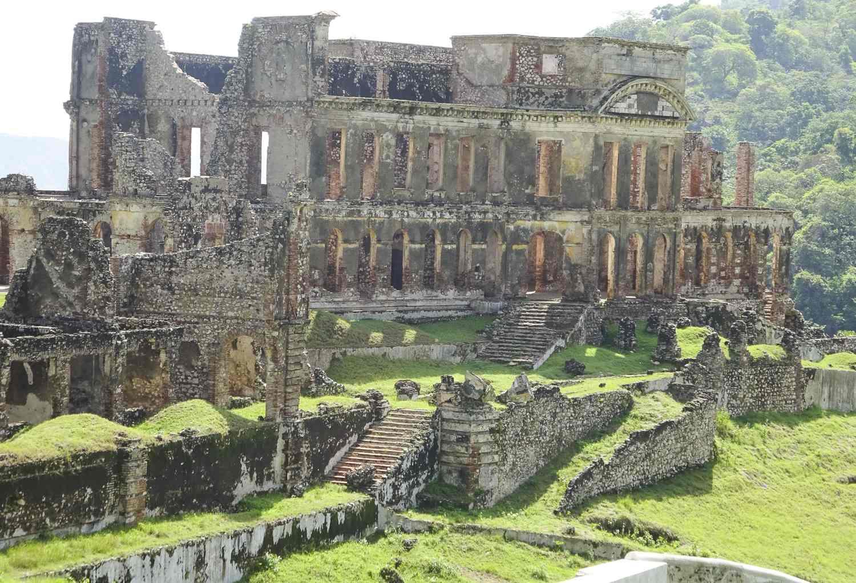 pic-haiti-SancSouciPalace
